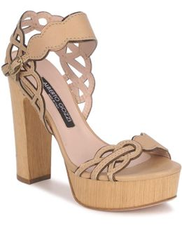 Tobia Linou Women's Sandals In Beige