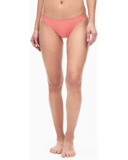 Stitch Solid Strap Bottom