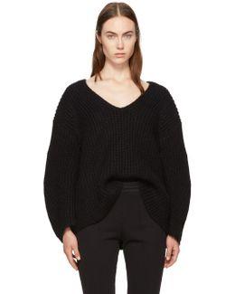 Black Bracelet Sleeve V-neck Sweater