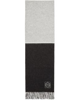 Black & White Window Scarf