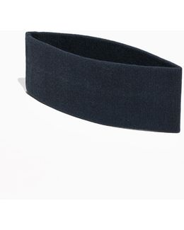 Fitted Jersey Collar