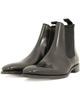 Mitchum Black Leather Chelsea Boot