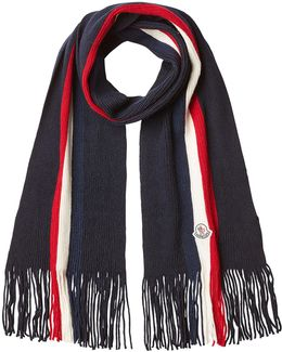 Ribbed Wool Scarf With Fringe