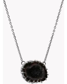 Geode Short Silver Necklace In Grey