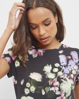 Kensington Floral Fitted T-shirt