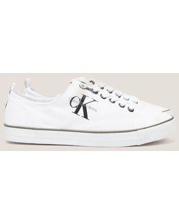 Dora Sneakers