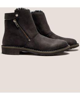 Kayel Boots