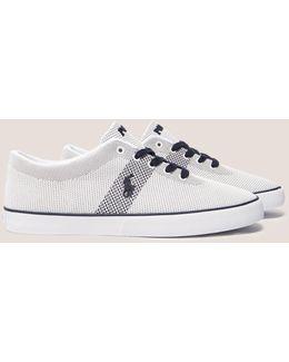 Halford Sneakers