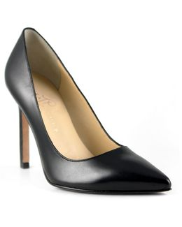 Carra Point Toe Leather Pumps