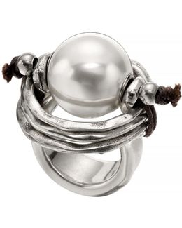 A Pearl Of Wisdom Ring