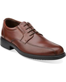 Bardwell Walking Shoes