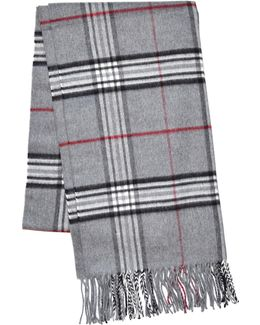 Classic Fraas Oversized Plaid Scarf