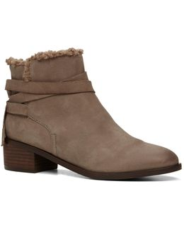 Mykala Sherpa-lined Leather Boots