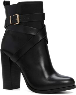 Elassa Leather Ankle Boots