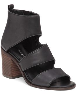 Kabott Banded Sandals