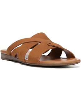 Gweniver Flat Sandals