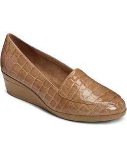 True Match Crocodile Embossed Faux Leather Loafers