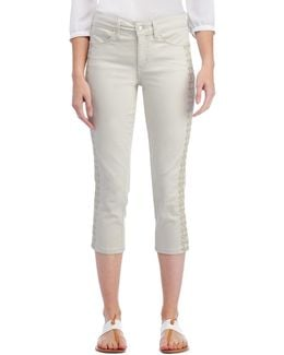 Alina Capri Jeans With Embroidery