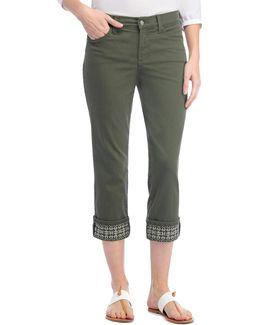 Dayla Tonal Stitched Capri Pants