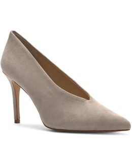 Ankia Closed Toe Pumps