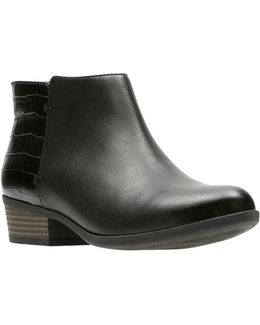 Addiy Zora Leather Booties