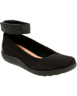 Medora Nina Leather Ankle-strap Flats
