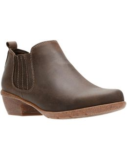 Wilrose Jade Leather Chelsea Boots