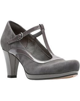 Chorus Pitch Leather Pumps