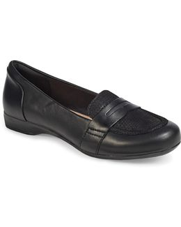 Kinzie Leather Loafers