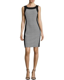 Sleeveless Contrast Sheath Dress