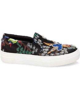 Gwen Low Top Sneakers