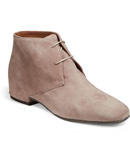 Womens Uliva Suede Desert Boots