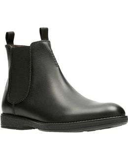 Hinman Leather Chelsea Boots