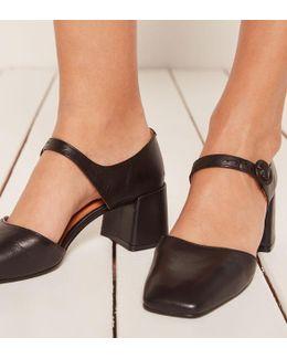 Crosswalk Dream Shoe