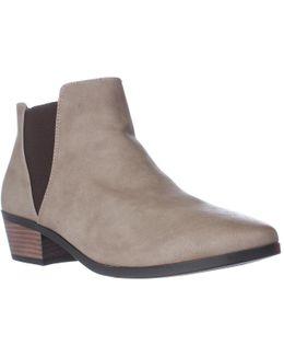 Moillan Chelsea Ankle Boots