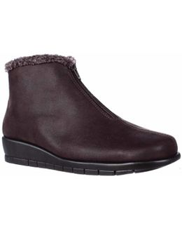 Nonchalant Low-heel Wedge Ankle Boots