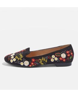 Sugar Embroidered Slippers