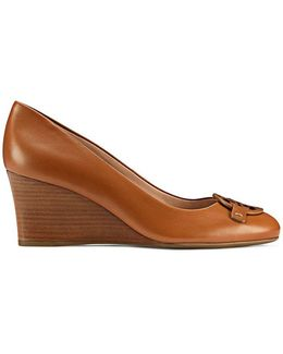 Miller Wedge, Leather