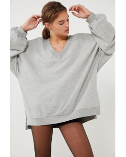 Oversized V-neck Pullover Top