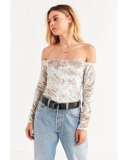 Uo Off-the-shoulder Velvet Top