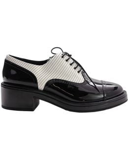 Pre-owned Patent Leather Lace Ups