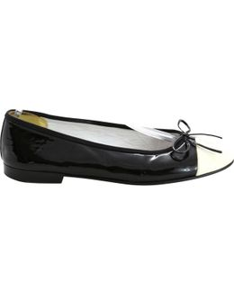 Pre-owned Patent Leather Ballet Flats