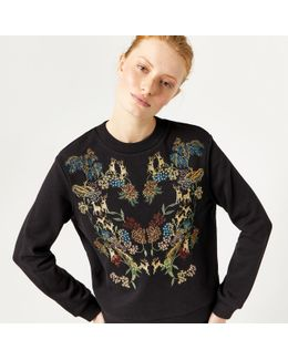 Deer Embroidered Sweat