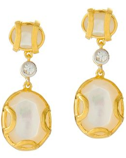 Madison Pearl Earring