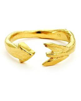 Follow Your Dreams Arrow Ring In Gold
