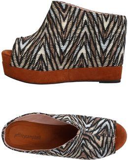 Woven Pattern Sandals
