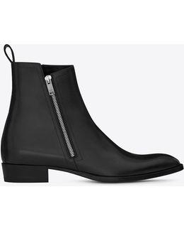 Wyatt 30 Zip Boot In Black Leather