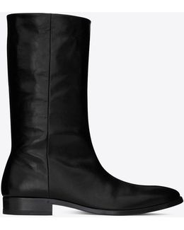 Matt 25 Boots In Crinkled Black Patent Leather