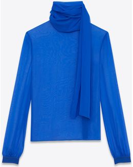 Blouse With A Lavallière Collar And Oversized Sleeves With Gathers In Bright Blue Muslin