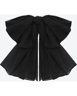 Signature Large Bow In Black Silk Muslin With Leather Collar